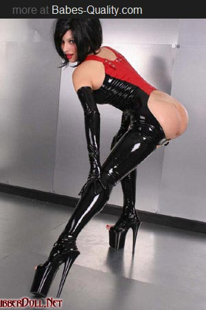 Latex brunette.